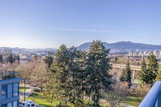 "Photo 4: 604 1425 W 6TH Avenue in Vancouver: False Creek Condo for sale in ""MODENA OF PORTICO"" (Vancouver West)  : MLS®# R2447311"