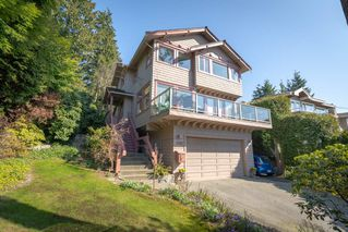 Photo 2: 4090 ST. PAULS Avenue in North Vancouver: Upper Lonsdale House for sale : MLS®# R2453397