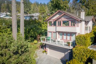 Main Photo: 4090 ST. PAULS Avenue in North Vancouver: Upper Lonsdale House for sale : MLS®# R2453397