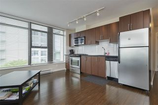 "Photo 10: 703 1068 W BROADWAY in Vancouver: Fairview VW Condo for sale in ""THE ZONE"" (Vancouver West)  : MLS®# R2465668"