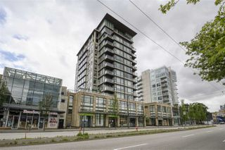 "Photo 2: 703 1068 W BROADWAY in Vancouver: Fairview VW Condo for sale in ""THE ZONE"" (Vancouver West)  : MLS®# R2465668"