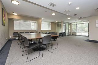 "Photo 19: 703 1068 W BROADWAY in Vancouver: Fairview VW Condo for sale in ""THE ZONE"" (Vancouver West)  : MLS®# R2465668"