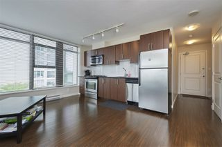 "Photo 9: 703 1068 W BROADWAY in Vancouver: Fairview VW Condo for sale in ""THE ZONE"" (Vancouver West)  : MLS®# R2465668"