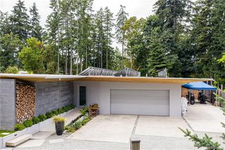 Photo 2: 626 Wain Rd in North Saanich: NS Deep Cove Single Family Detached for sale : MLS®# 844233