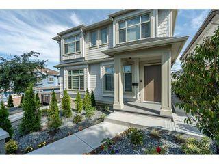 Main Photo: 3203 E 29TH Avenue in Vancouver: Renfrew Heights House 1/2 Duplex for sale (Vancouver East)  : MLS®# R2480420