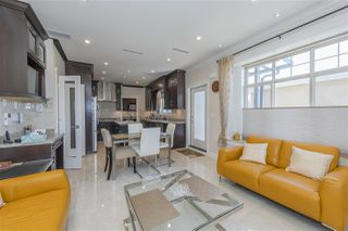 Photo 15: 5961 WALES Street in Vancouver: Killarney VE House for sale (Vancouver East)  : MLS®# R2483882