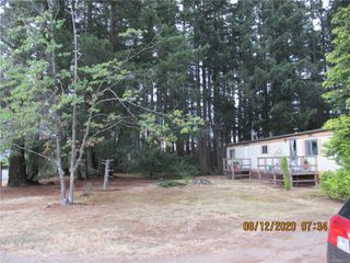 Photo 1: 480 Torrence Rd in : CV Comox Peninsula Manufactured Home for sale (Comox Valley)  : MLS®# 851775