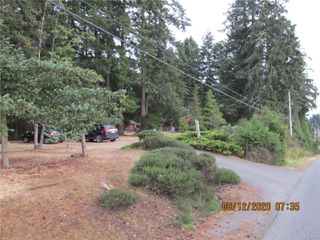 Photo 2: 480 Torrence Rd in : CV Comox Peninsula Manufactured Home for sale (Comox Valley)  : MLS®# 851775