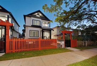 Photo 29: 1614 E 36 Avenue in Vancouver: Knight 1/2 Duplex for sale (Vancouver East)  : MLS®# R2507439