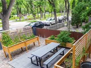 Photo 2: 3 338 River Avenue in Winnipeg: Osborne Village Condominium for sale (1B)  : MLS®# 202026499