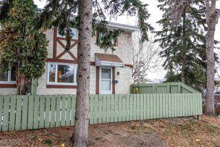 Photo 3: 4C Callingwood CT in Edmonton: Zone 20 Townhouse for sale : MLS®# E4218963