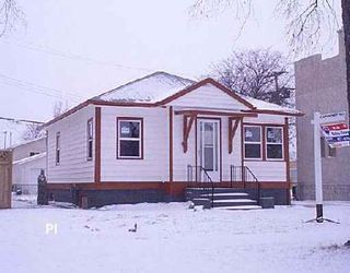 Photo 1: 938 MCDERMOT: Residential for sale (Canada)  : MLS®# 2619909