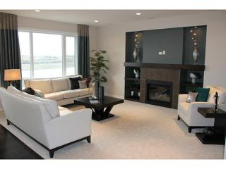 Photo 4: 4 Sea Side Drive in WINNIPEG: Transcona Residential for sale (North East Winnipeg)  : MLS®# 1211998
