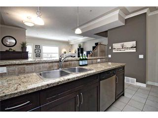 Photo 4: 11 1729 34 Avenue SW in CALGARY: Altadore_River Park Townhouse for sale (Calgary)  : MLS®# C3566973