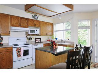 Photo 5: # 117 22515 116TH AV in Maple Ridge: East Central Condo for sale : MLS®# V1033272