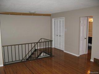 Photo 4: 104 Rudolph Bay in WINNIPEG: East Kildonan Single Family Attached for sale (North East Winnipeg)  : MLS®#  1426385