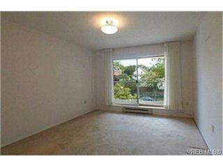 Photo 7: 302 945 McClure St in VICTORIA: Vi Fairfield West Condo Apartment for sale (Victoria)  : MLS®# 369936