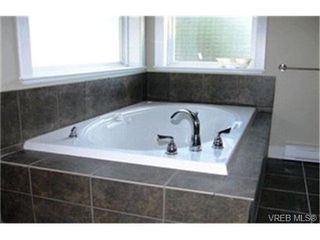 Photo 6:  in VICTORIA: La Thetis Heights Single Family Detached for sale (Langford)  : MLS®# 417767