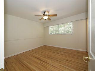 Photo 8: 868 52A Street in Tsawwassen: Tsawwassen Central House for sale : MLS®# V1078346
