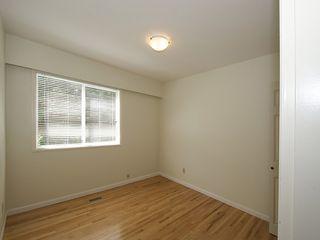 Photo 10: 868 52A Street in Tsawwassen: Tsawwassen Central House for sale : MLS®# V1078346