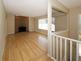 Photo 3: 868 52A Street in Tsawwassen: Tsawwassen Central House for sale : MLS®# V1078346