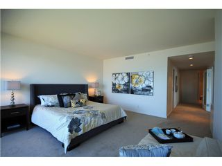Photo 6: # 2509 1011 W CORDOVA ST in Vancouver: Coal Harbour Condo for sale (Vancouver West)  : MLS®# V1099167