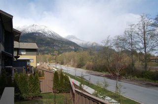 Photo 14: 1263 STONEMOUNT PLACE in Squamish: Downtown SQ Townhouse for sale : MLS®# R2049208