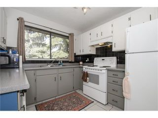 Photo 2: 355 NORSEMAN RD NW in Calgary: North Haven Upper House for sale : MLS®# C4062934