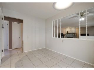 Photo 4: 355 NORSEMAN RD NW in Calgary: North Haven Upper House for sale : MLS®# C4062934