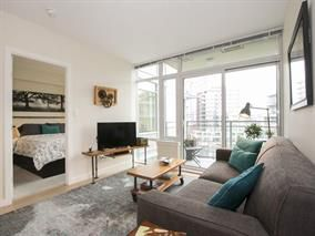 Photo 2: 802 88 W 1st Avenue in Vancouver: False Creek Condo for sale (Vancouver West)  : MLS®# R2120420