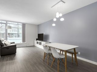 Photo 3: 203 3162 RIVERWALK AVENUE in Vancouver: Champlain Heights Condo for sale (Vancouver East)  : MLS®# R2137881