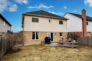 Photo 24: 72 Lipton Crescent in Whitby: Freehold for sale : MLS®# E3751560