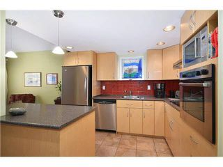 Photo 5:  in : Kitsilano House for rent (Vancouver East)  : MLS®# AR095