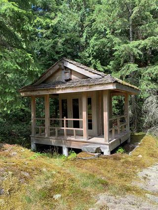 "Photo 18: 2388 GAMBIER Road: Gambier Island House for sale in ""Gambier Harbour"" (Sunshine Coast)  : MLS®# R2392868"
