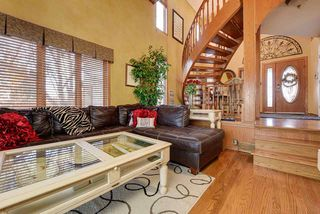 Photo 11: 7604 157 Avenue in Edmonton: Zone 28 House for sale : MLS®# E4178361