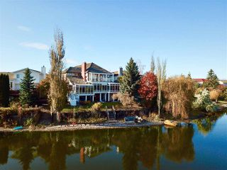 Photo 4: 7604 157 Avenue in Edmonton: Zone 28 House for sale : MLS®# E4178361