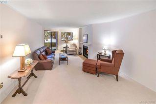 Photo 9: 112 1560 Hillside Avenue in VICTORIA: Vi Oaklands Condo Apartment for sale (Victoria)  : MLS®# 420027