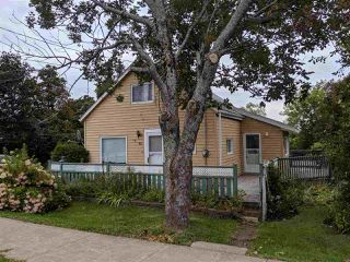 Photo 12: 70 Bridge Avenue in Stellarton: 106-New Glasgow, Stellarton Residential for sale (Northern Region)  : MLS®# 202001087