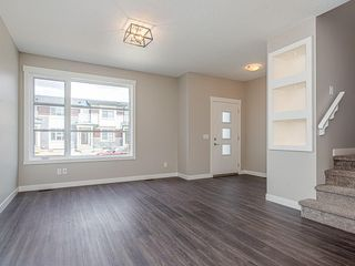 Photo 8: 37 SKYVIEW Parade NE in Calgary: Skyview Ranch Row/Townhouse for sale : MLS®# C4295842