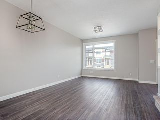 Photo 10: 37 SKYVIEW Parade NE in Calgary: Skyview Ranch Row/Townhouse for sale : MLS®# C4295842