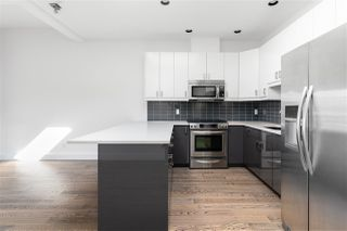 """Photo 11: 510 350 E 2ND Avenue in Vancouver: Mount Pleasant VE Condo for sale in """"MAINSPACE LOFTS"""" (Vancouver East)  : MLS®# R2478803"""