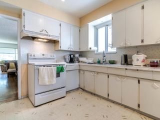 Photo 8: 5904 BERKELEY Street in Vancouver: Killarney VE House for sale (Vancouver East)  : MLS®# R2481103