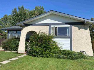 Photo 3: 213 Garnet Crescent: Wetaskiwin House for sale : MLS®# E4212591