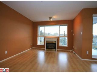 Photo 4: 305 6390 196TH Street in Langley: Willoughby Heights Condo for sale : MLS®# F1203330