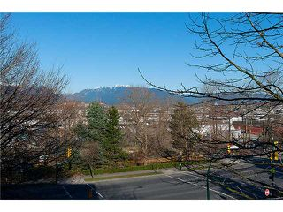 "Photo 5: 334 350 E 2ND Avenue in Vancouver: Mount Pleasant VE Condo for sale in ""MAIN SPACE"" (Vancouver East)  : MLS®# V930838"