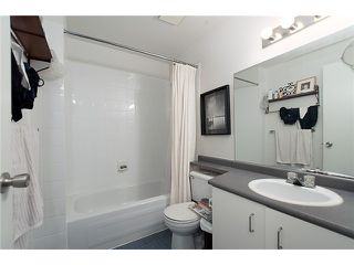 "Photo 10: 334 350 E 2ND Avenue in Vancouver: Mount Pleasant VE Condo for sale in ""MAIN SPACE"" (Vancouver East)  : MLS®# V930838"