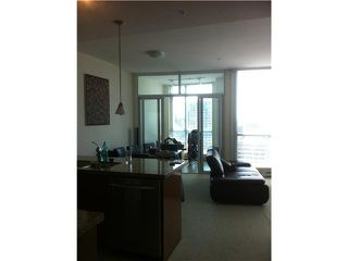 Photo 2: 3306 1189 MELVILLE Street in Vancouver: Coal Harbour Condo for sale (Vancouver West)  : MLS®# V965340