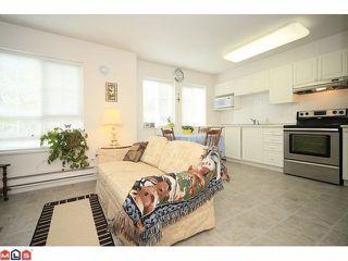 "Photo 3: 50 8930 WALNUT GROVE Drive in Langley: Walnut Grove Townhouse for sale in ""HIGHLAND RIDGE"" : MLS®# F1226055"