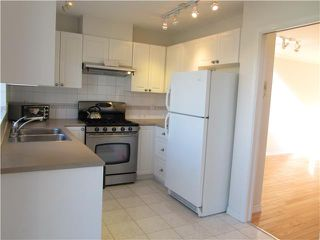 "Photo 4: 14 22800 WINDSOR Court in Richmond: Hamilton RI Townhouse for sale in ""PARC SAVANNAH"" : MLS®# V996472"