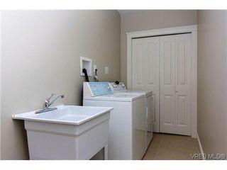 Photo 14: 979 Ridgeway St in VICTORIA: SE Swan Lake Single Family Detached for sale (Saanich East)  : MLS®# 636924